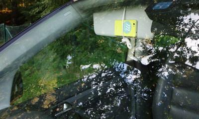 Handyhalterung fürs Auto